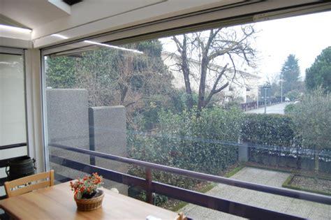 chiusura terrazzo chiusura balcone con tende cristal trasparente e zanzariere
