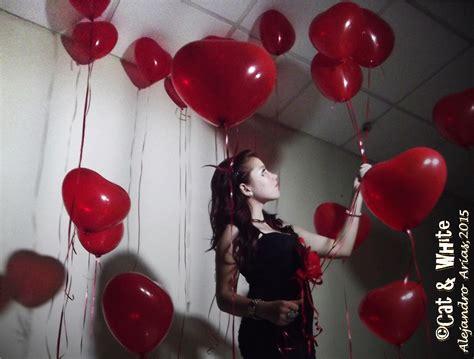 decoracion de salones para 15 años con globos decoracion con globos en el techo