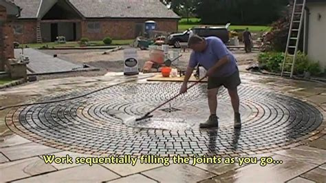 How To Do Pointing On Patio by How To Point A Sett Patio And Driveway With Gftk S