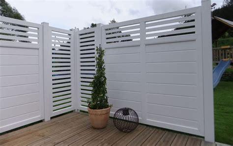 sichtschutz garten kunstoff design sichtschutz auf terrasse