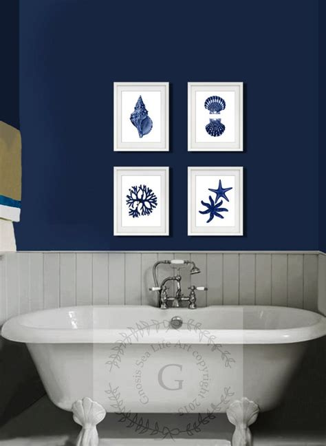 blue and white bathroom decoration using blue and white