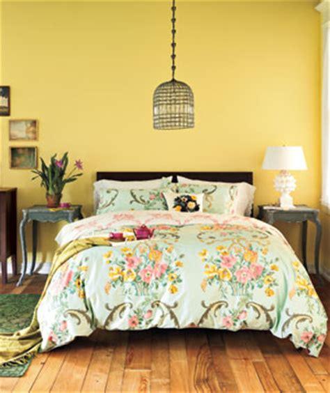 what color comforter goes with yellow walls um quarto em 5 vers 245 es blog da reforma