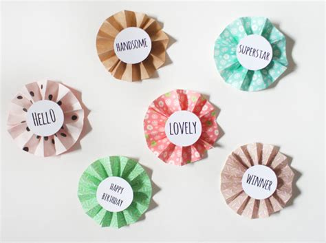 How To Make A Paper Badge - diy how to make paper rosettes free print out miss v