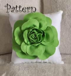 White Curtain Holdback Large Felt Rose Pillow Pdf Pattern Diy Tutorial By Bedbuggs