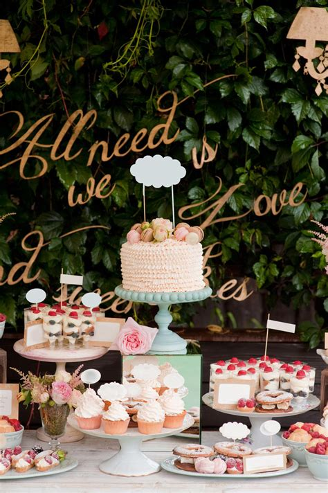 Wedding Cake Display Ideas by Wedding Cake Displays Hitched Co Uk