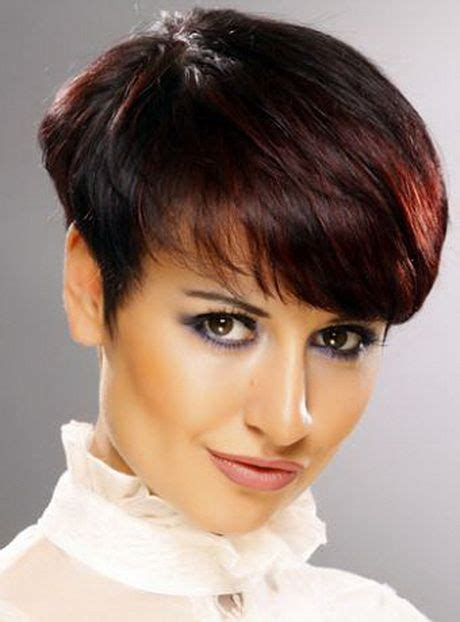 wedge shape hair styles 17 best ideas about short wedge haircut on pinterest