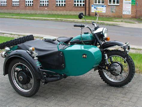 Motorrad Beiwagen Welche Seite by Ural Werk