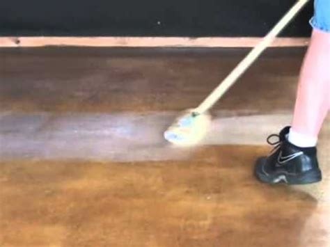 Wax For Concrete Floors by Concrete Staining Guide 7 How To Wax Concrete Floors
