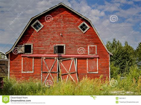 red barn plans red barn stock image image of tall summertime