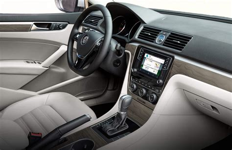 volkswagen passat 2016 interior 2016 volkswagen passat trims and standard features