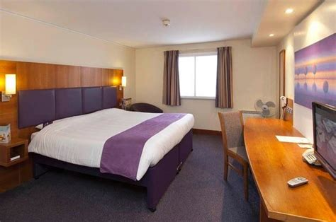 Room Age Rating Premier Inn Wimbledon South Hotel Updated 2017