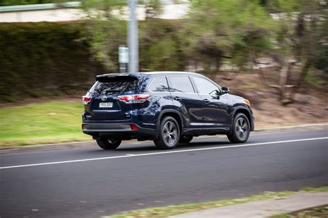 Toyota Awd Vehicles 2016 Toyota Kluger Gxl Awd Review Caradvice