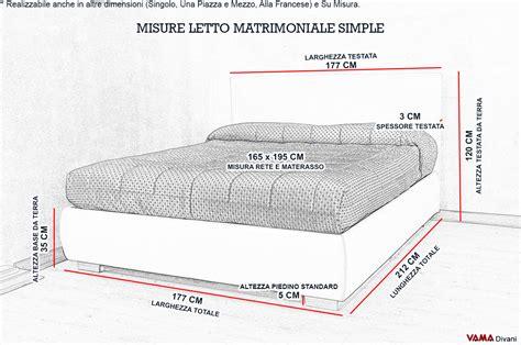 dimensioni di un letto matrimoniale letto imbottito in tessuto con contenitore testata semplice