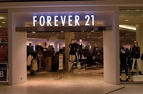 Retail Trends Forever 21 3 by H M Vs Forever21 Vs Uniqlo Fashion Onehallyu