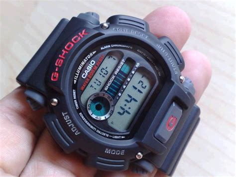 Casio Dw 9052 g shock men s dw9052 1v review