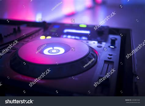 deejay console dj console cd mp4 deejay mixing desk ibiza house