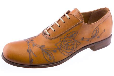 cognac oxford shoes levi s mens capital e embossed leather oxford shoes cognac