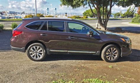 subaru outback touring 2017 subaru outback 2 5i touring test drive our auto expert