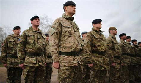 swinging in the military veterans call for troops to vote out to swing the eu