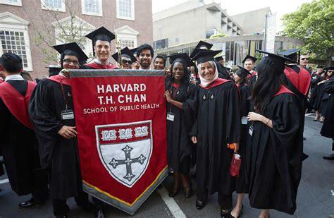 Harvard Mba Graduation 2015 by Fall 2015 Harvard Health Magazine Harvard T H