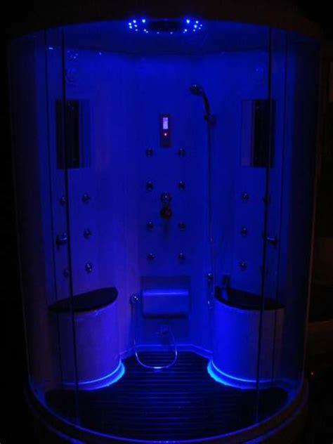 doccia con cromoterapia box doccia idromassaggio