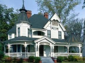 Queen Anne Victorian by 1000 Images About Victorian Amp Period Home Exteriors My