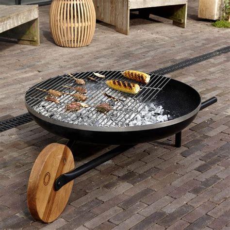 barbecue de jardin brasero barbecue mobilier de jardin