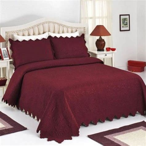 maroon bed set 17 best images about maroon bedroom on pinterest light