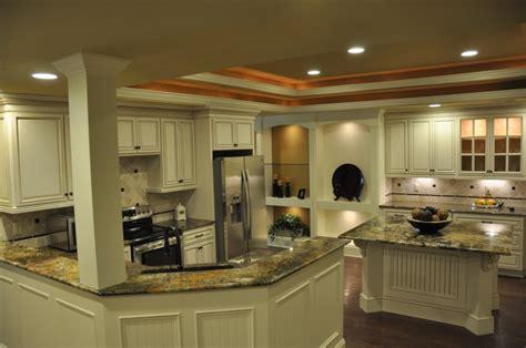 LCL Raised Panel Door   Premium Cabinets