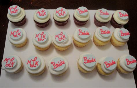 Bridal Shower Cupcake Ideas by Confections Bridal Shower Mini Cake And Cupcakes