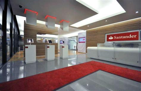 Santander Bank Corporate Office by Santander Select Mexico Marianarufino