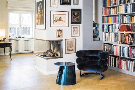 poltrone di design arredano il salotto living corriere