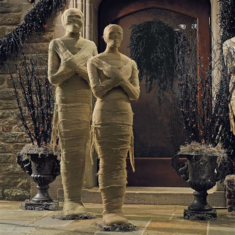 Diy Home Design Ideas Living Room Software by Lifesized Wrapped Mummy Statues The Green Head