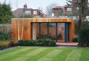 Chrisroberts72 garden shed or tree house