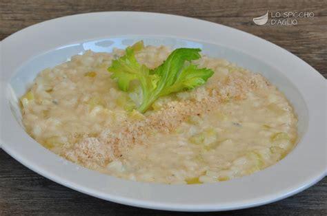 ricette con il sedano ricetta risotto sedano e gorgonzola le ricette dello