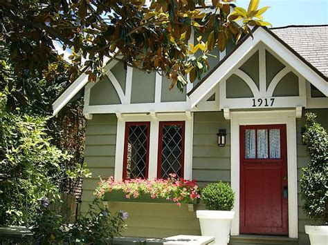 an tudor cottage in hyde park houston tx paint ideas for stucco and straps cottage