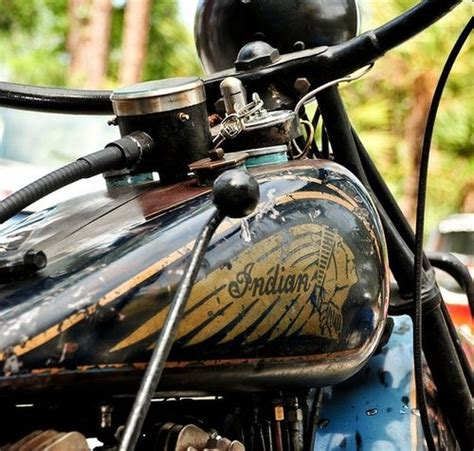 pictures of vintage motorcycles