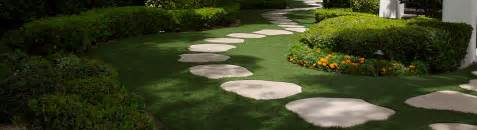 Backyard Putting Green Installation Synlawn Artificial Grass Lawn And Landscape Products