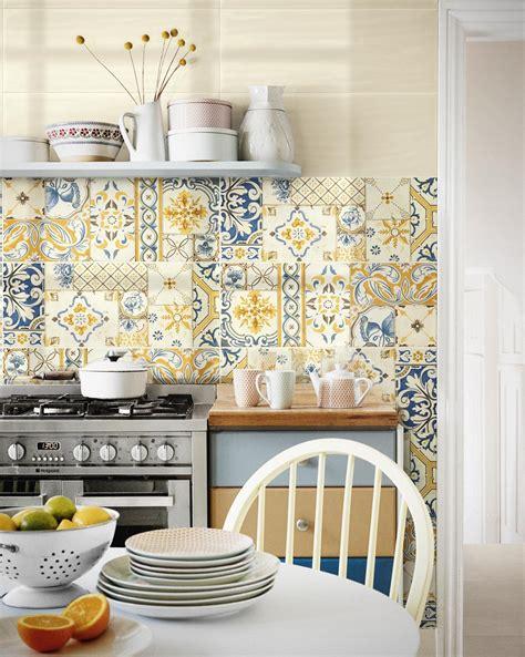 piastrelle colorate per cucina maioliche colorate per cucina e bagno ragno