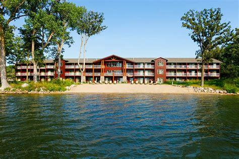 Lake Lodge Western Cabin by Best Western Premier The Lodge On Lake Detroit In Detroit