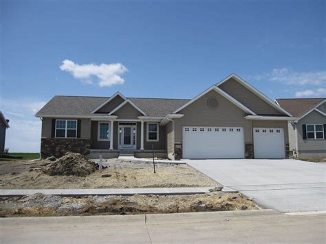 Houses For Sale In Cedar Falls Iowa by Homes For Sale Cedar Falls Ia Cedar Falls Real Estate