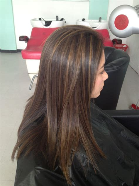 color de pelo chocolate oscuro 25 best ideas about rayitos en cabello oscuro on