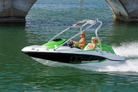 bryant boats wake tractor bryant boats to debut wake tractor gone politcal