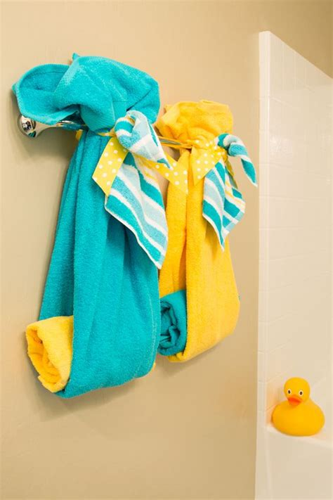 yellow and turquoise bathroom turquoise yellow turquoise and towels on pinterest