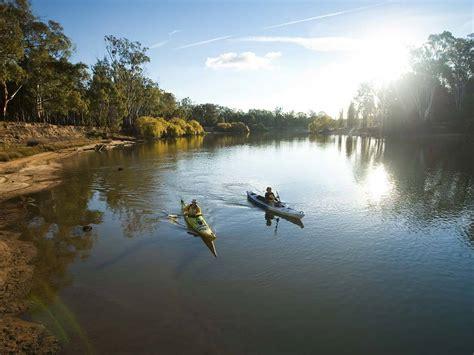 Canoeing and kayaking outdoor activities victoria australia