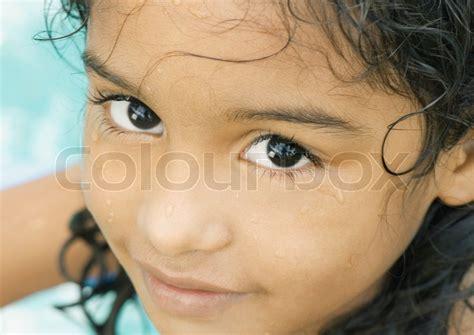 pimphost young 169 odilon dimier altopress maxppp little girl with wet