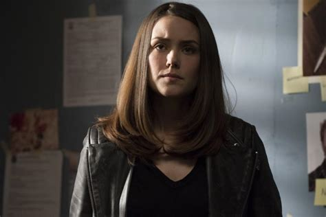 why is lizzie on black list such a bad actress the blacklist star megan boone says character won t