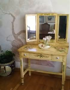 Makeup Vanity Table With Fold Mirror Tri Fold Mirror Vanity Makeup Table 1800s Painted