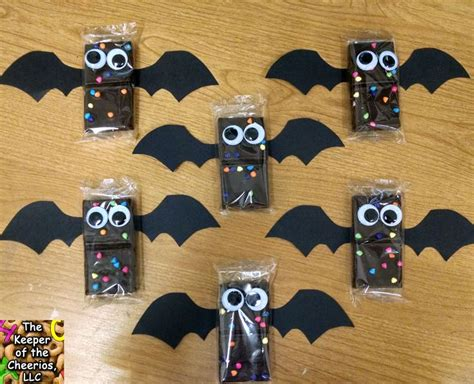 halloween themes for school best 25 halloween school treats ideas on pinterest