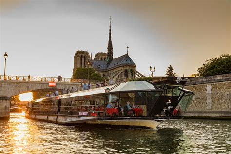 bateau mouche address bateaux mouches paris plan your best trip with photos